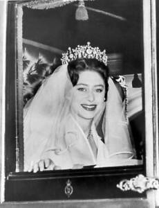 Princess Margaret leaving Clarence House in London her wedding 1960 OLD PHOTO