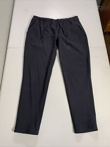 """Lululemon Women's On The Fly Pants 28W Unstretched 25"""" Inseam Black"""