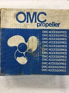 Evinrude Johnson 9 X 10 Propeller Prop OMC 383629 3 blade New