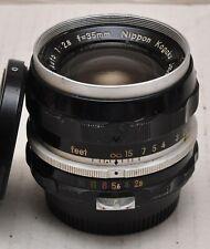 Nikon NIKKOR 35mm pre Ai primer lente de enfoque manual clásico. Nippon Kogaku