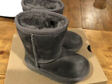 NEW UGG Classic Boots Shearing Toddlers 7T Gray