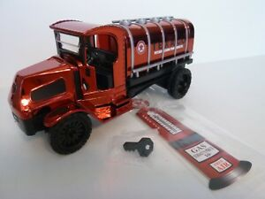 "Ertl, 1918 Mack AC tanker truck bank, ""Texaco"" 1:32, Diecast, Limited Edition"