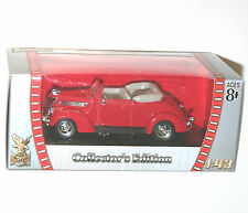 Road Signature - FORD V8 Convertible (1937) Red - Model Scale 1:43