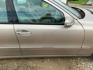 2005 MERCEDES W211 E CLASS  O/S DRIVERS FRONT DOOR  COMPLETE  693
