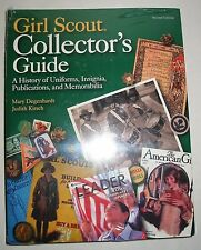 Girl Scout Collectors' Guide Book A History of Uniforms Insignia Publication New