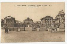 France - Versailles, Le Chateau, Facade du Palais - 1920's postcard