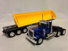 Peterbilt 379 w/Side Dump Trailer, Collectible,1:32 Die Cast, New Ray Toys Blue