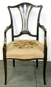 HEPPLEWHITE MAHOGANY ARMCHAIR ON DELICATE CURVED LEGS ON ORIGINAL SEAT