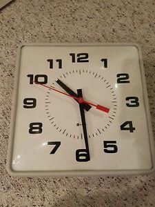 Simplex Wall Clock 12x12