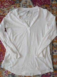 EDDIE BAUER Woman's White Cotton V-neck Long Sleeve Shirt/Top (Size XS)