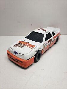 1995 Action Platinum Alan Kulwicki #7 Hooter's 1991 Ford Bank 1:24