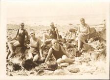 snapshot femmes tenue de bain et bonnet Ault aout 1929 pose sur la plage mer