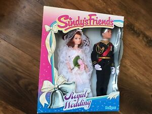 Sindys Friends Royal Wedding Prince Andrew and Sarah Ferguson from 1986 No 42106