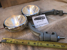 NEW SET OF CLEAR 6 VOLT SMALL VINTAGE STYLE FOG LIGHTS AND GRAY BRACKETS !