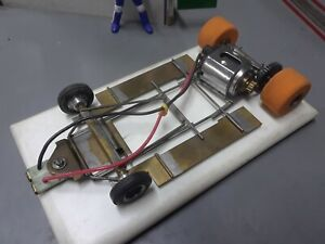 1/24 vintage brass & wire chassis.cox 36d soft tires. tested on track runs good