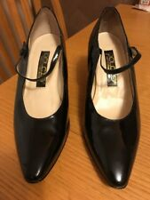 Dolcis Patent Leather Pointed Black Mary Jane Size 8 Shoes