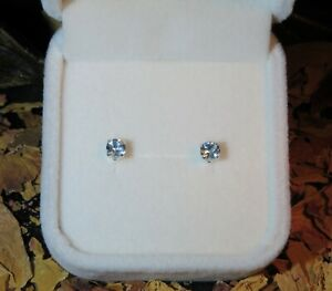 Pretty genuine natural Ice Blue Aquamarine 3.5mm solid silver stud earrings 🧊