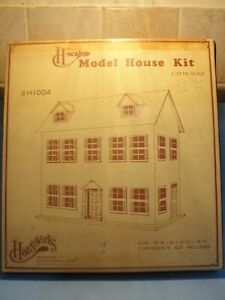 Dollhouse kit 1/2 1:24 Houseworks  new but no instructions #1