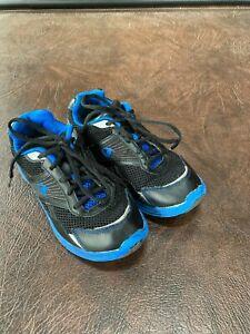 Boy's Size 4 CHAMPION Sneakers Athletic Shoes Active Elite  Black/Blue