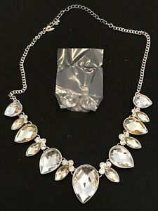 Avon - Christen 2 Piece Necklace & Earrings Giftset - Silver Plated Clear Stones