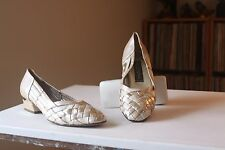 Kurt Geiger Sultana Nude Gold Woven Leather 1 1/4 Inch Heel Pumps Size 37
