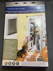 Plastic PetSafe Plastic Pet Door,  Large 1-100Lbs, New Open Box