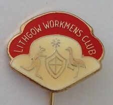 Lithgow Workmens Bowling Club Pin Badge Coat Of Arms Rare Lawn Bowls (L11)