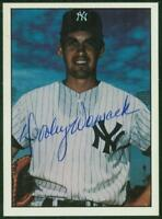 Original Autograph of Dooley Womack of the NY Yankees on a 1981 TCMA Card
