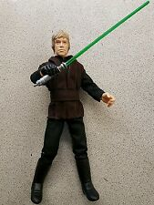 12 in (ca. 30.48 cm) STAR WARS LUKE SKYWALKER JEDI con spada laser figura in scala 1/6 Loose