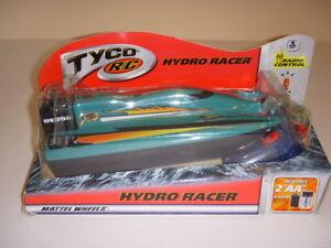 TYCO R/C HYDRO RACER, RADIO CONTROL GREEN BOAT, MATTEL WHEELS, NIB, 2001!