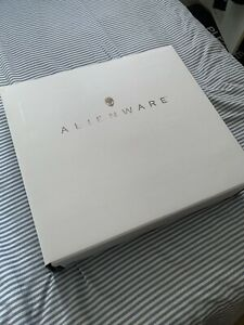 "Alienware M15 R3 15.6"" Gaming Laptop Intel Core i7 RTX 2070 Super RRP £2309"