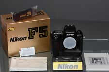 nikon f5, 99,8% mint, original box, manual, papers, spare camera, beautiful, top