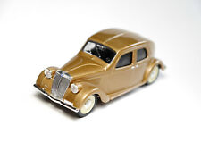 Lancia Aprilia (1947) in beige gold metallic, Brumm in 1:43!