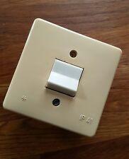 Lichtschalter alt alter Unterputzlichtschalter DDR komplett Elektrik IP41 IP 41