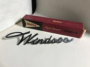 1961 CHRYSLER WINDSOR NOS MOPAR QUARTER PANEL CHROME NAME PLATE 61