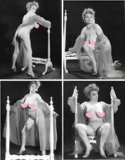 RUSSELL GAY Brune seins nus VAMP - 8 photographies originales Vintage 1962 #133