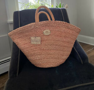 Tommy Bahama Large Straw BEACH/TRAVEL TOTE BAG. Color Peach/coral