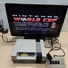Vintage NES Konsole Nintendo Entertainment System + World Cup Spiel + Kabel