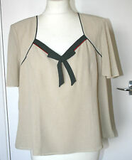Jacques Vert UK18 EU46 cream short-sleeved lined top with green/red bow