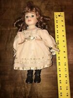 Geppeddo Doll Antique Look Dress