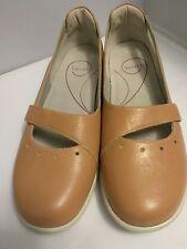 Woman's Sanita Florida Sz 10.5 Tan Shoes