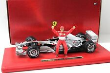 1:18 HOT WHEELS FERRARI f2003 Six Time World Champion in Premium-MODELCARS