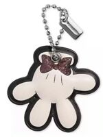 ❤️ Coach X Disney Minnie Mouse Glove Chalk/Silver 39010B Boxed Hangtag