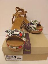72f9743cd1b8ee Clarks Women s Floral Sandals and Flip Flops