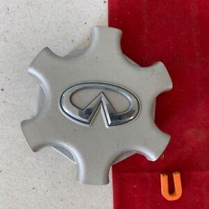 #U (1) 2001 - 2003  Infiniti QX4  wheel  Center CAP  silver   40342-3W700  OEM