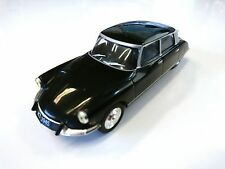 Citroen DS 19 - 1:43 MODEL CAR USSR DIECAST IXO IST DeAGOSTINI P150
