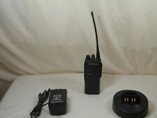 Motorola Radio GP340, UHF 403-470MHz,16ch, 4W, MDH25RDC9AN3AE, BATTERY & CHARGER