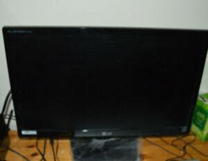 "LG  Flatron IPS224V 21.5""  Widescreen LED Monitor"