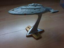USS Voyager NCC-74656 aus Star Trek Raumschiff Voyager von Playmates 1996