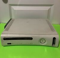 Microsoft Xbox 360 Bundle 20GB White Console W/ Wired Controller. Tested working